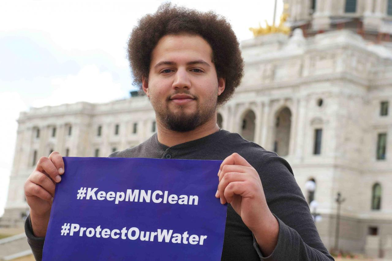 Tell Minnesota companies to #KeepMNClean and #ProtectOurWater.