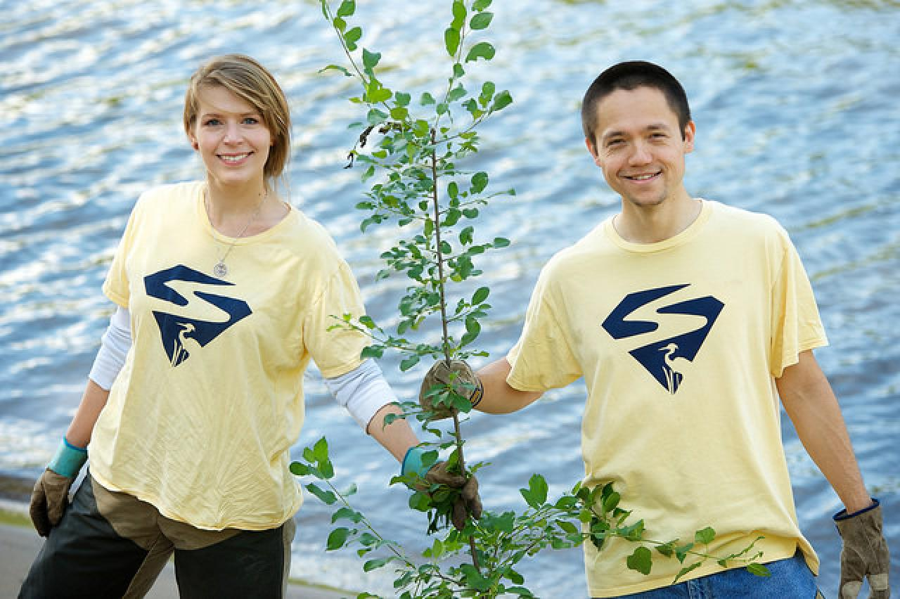Two volunteers with tree